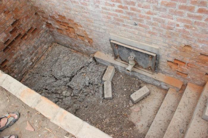 anaerobic compost sludge pit sm