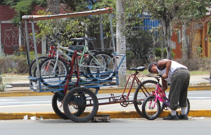 mobile bike vendor